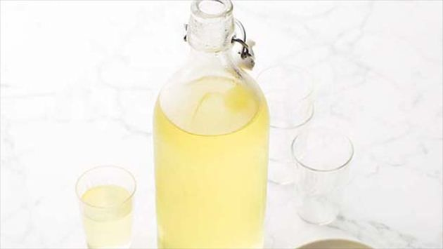Get this all-star, easy-to-follow Limoncello recipe from Giada De Laurentiis