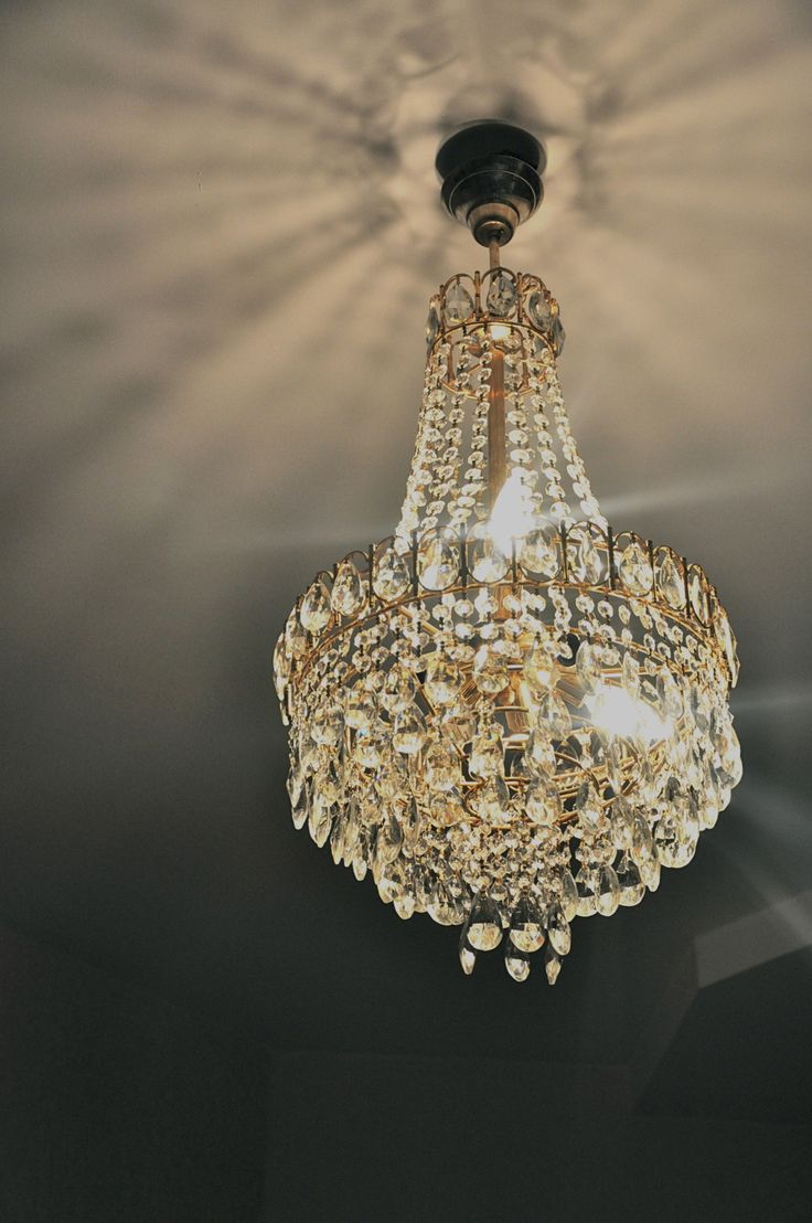 Find out why home decor is always essential! Discover more luxury chandeliers decor details at insplosion.com