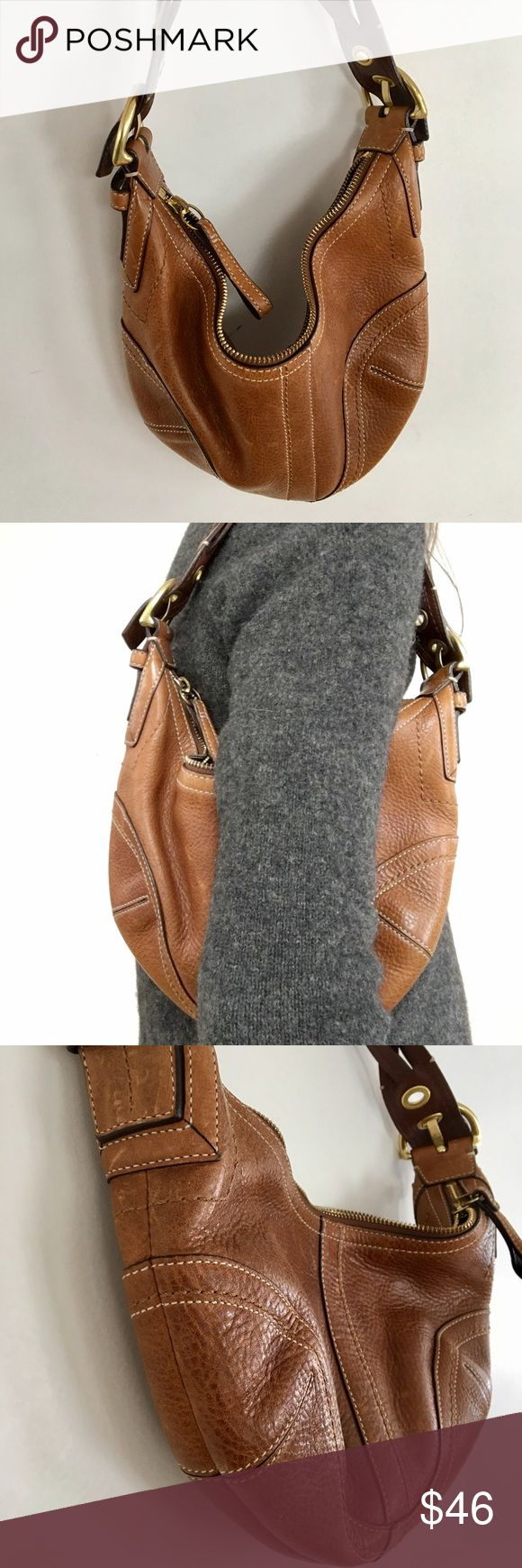 Coach soho leather purse Braided leather strap, zip hobo pebbled leather purse in light brown. Leather has beautiful feel to it and is in very good condition, minor scuffs, pictured. Style no. E06S-10042. Coach Bags Satchels