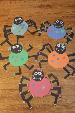 bee crafty kids is live stop by and share a fun activity for kids - Halloween Spider Craft Ideas