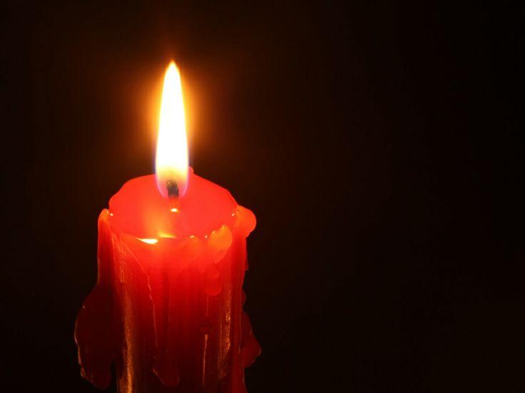 Cuando cae formando muchas lagrimas eso determina que no es suficiente para lo que pides una vela, has de ir a algo mas serio, a algún ritual mas profundo e importante.