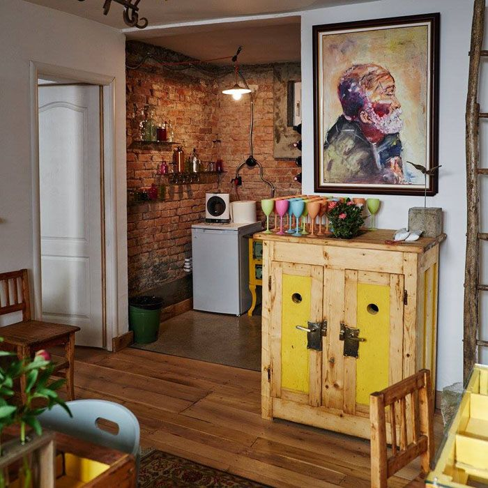 Vintage, small house, vintage objects, reused