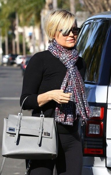Yolanda Foster Photos Photos - Reality star Yolanda Foster is spotted out and about in Beverly Hills on February 03, 2016. - Yolanda Foster Runs Errands in Beverly Hills
