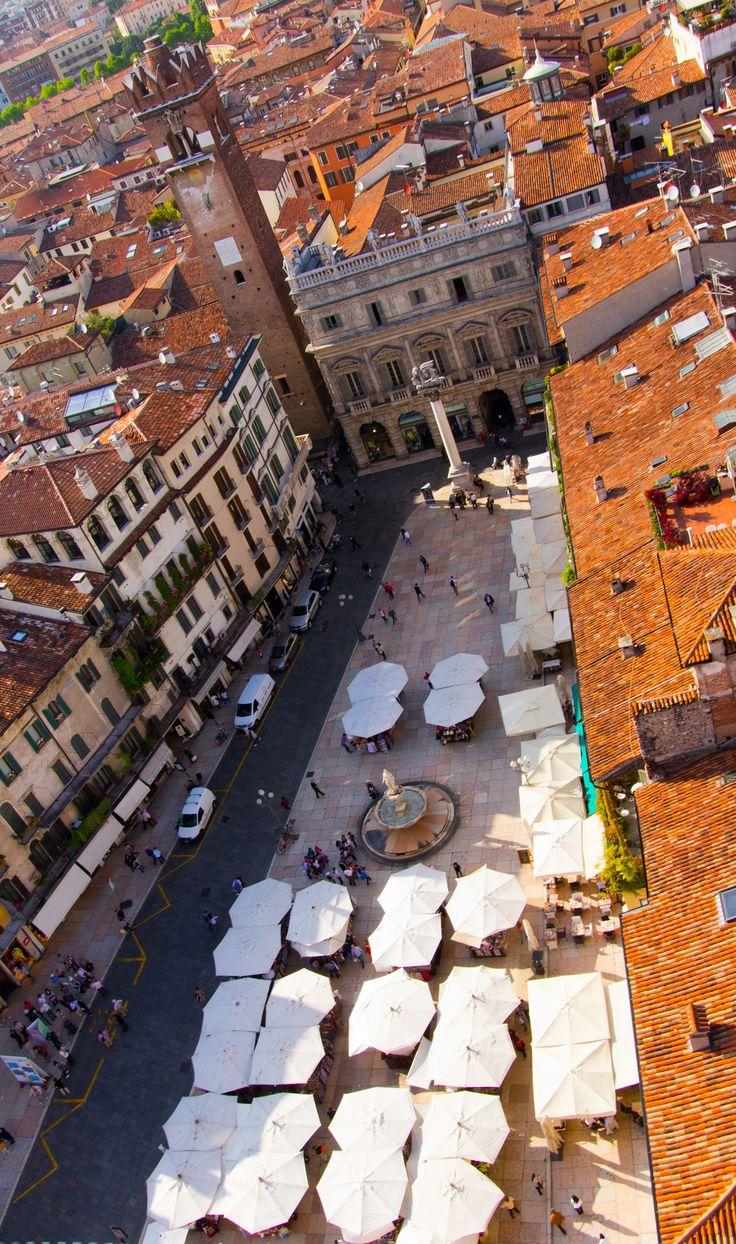 Piazza delle Erbe View (Italy)**.
