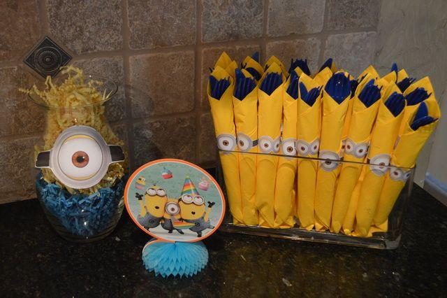 Twin Boys 5th Minion Birthday Party | CatchMyParty.com