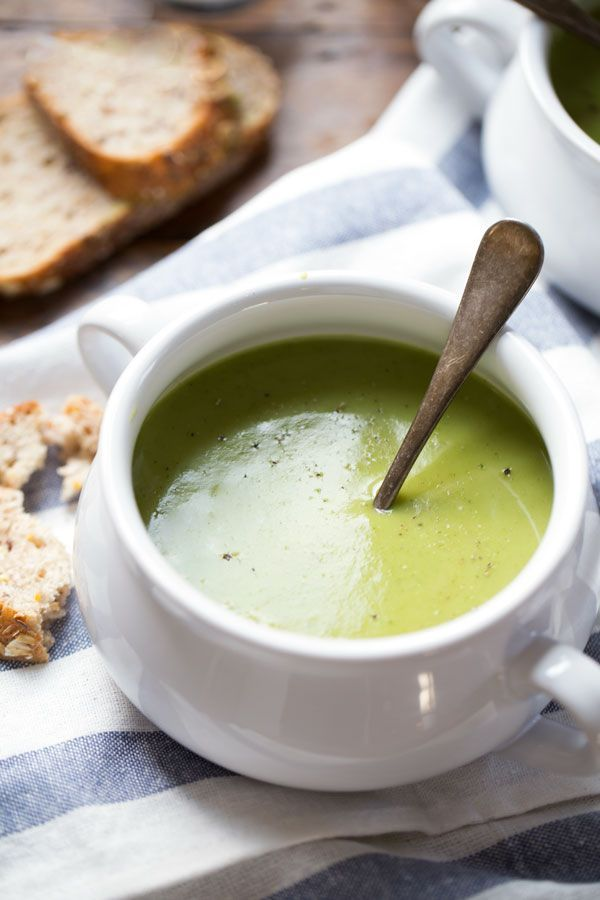 Creamy Potato Kale Soup - SO velvety! it's our new favorite soup to pair with grilled paninis. 220 calories.   pinchofyum.com