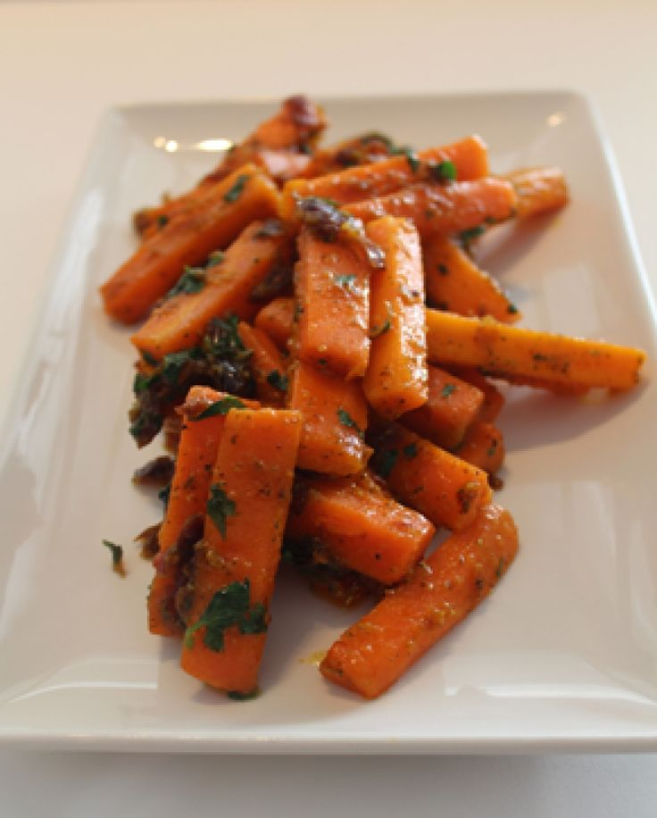 Date and citrus carrots