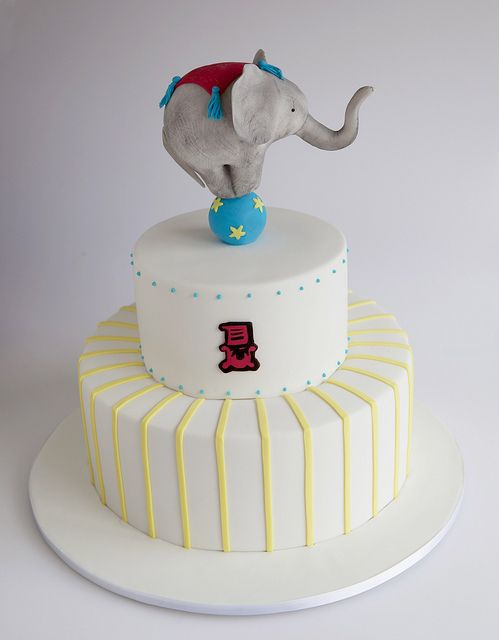 circus cake with elephant