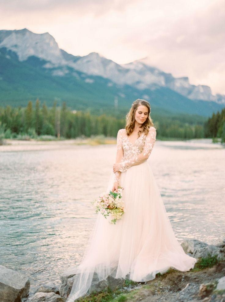 5 Impressive Wedding Photographers To Watch In 2016