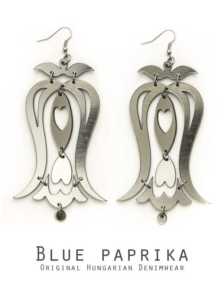 Ezüst színű harangvirágos fülönfüggő