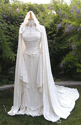 Medieval Wedding Costumes | Renaissance Wedding Gowns