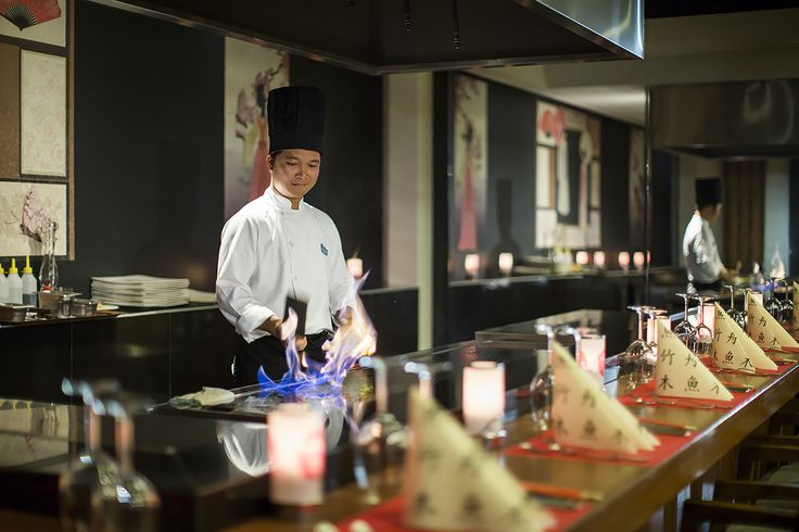 Teppanyaki: get ready to savour magnificent delights of the Far East cuisine.
