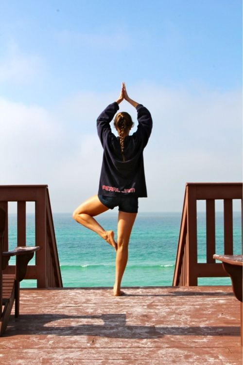 Om, Om, Om: At The Beaches, Beaches Yoga, Mornings Yoga, Crazy Food, Get Fit, Daily Motivation, Trees Poses, Photo, Pearls Jam