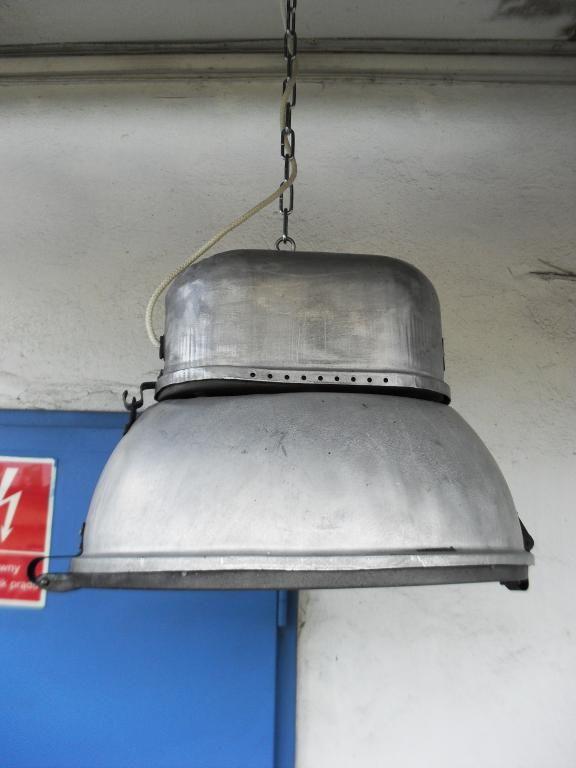 Duża lampa przemysłowa z trafo do warsztatu LOFTu