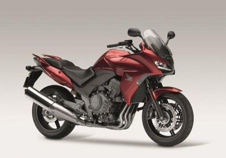 #Honda #2013 #CBF1000 Powered by a Fireblade-based engine with a legacy of dramatic victories under its belt, the elegantly styled CBF1000 packs powerful performance into an elegantly styled midsized configuration that offers both big-bike enjoyment and easy-riding confidence.