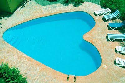 Heart pool: Favourite Shape, Heart Heart, Heartsi Stuff, Heart Shapped Pools, Shape Pools, Dreams Pools, Heart Pools, Luxury Pools, Heart Shape Stuff