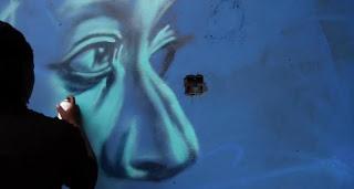 """Défense d'afficher"", France Télévisions Street art can tell you a - about a country, an artist, and about life in general. ""Défense d'afficher"" (France Télévisions) is a web documentary about underground artists in eight cities around the world.   http://www.francetv.fr/defense-d-afficher/"