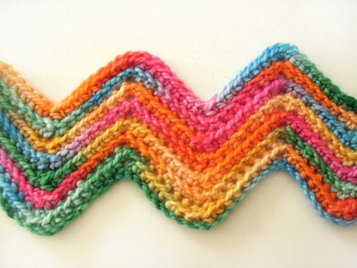 How to crochet lines without turning your work.