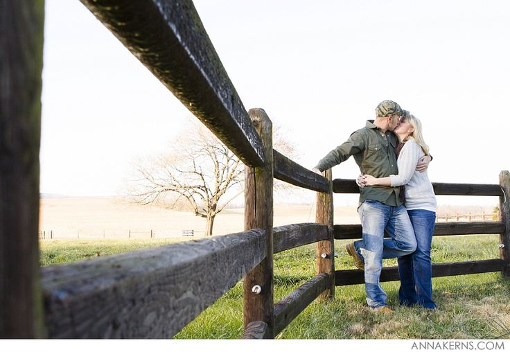 Maryland Farm Engagement #countrylove | Anna Kerns Photography