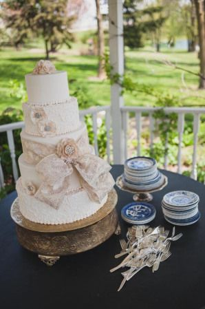 1000 images about Milwaukee Wedding Cakes on Pinterest Legends