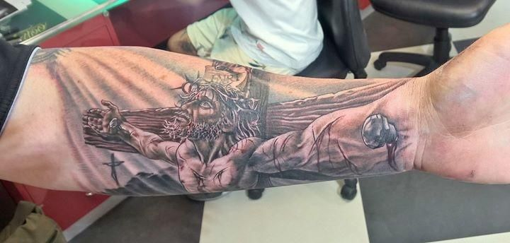 New ink... Jesus on the cross... Wow