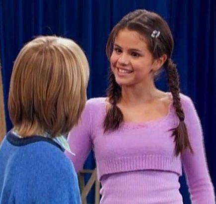 "selena gomez the suite life of zack and cody | Selena Gomez as ""Gwen"" on The Suite Life of Zach and Cody, 2006"