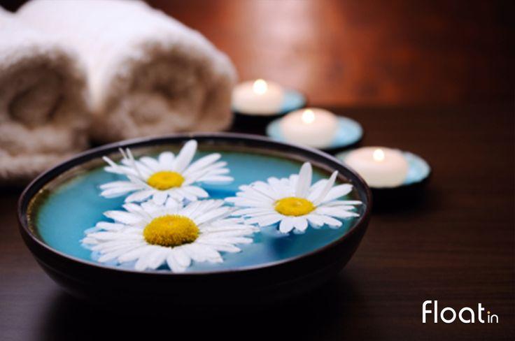Todas as salas dos nossos spas encontram-se à luz das velas com aromaterapia.