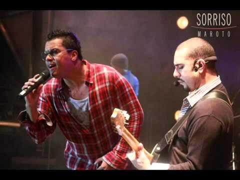 ▶ Bruno Cardoso - Sinais (Versão Acústica) SORRISO MAROTO - YouTube #Brazil , #pagode , #Music