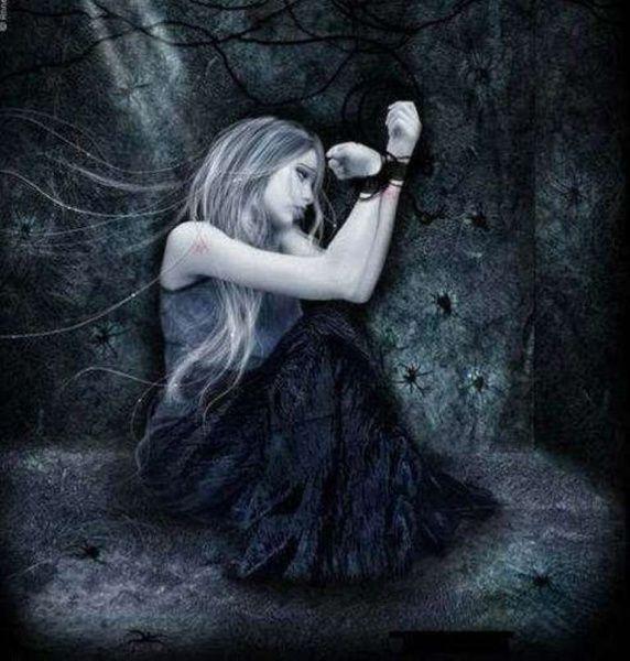 Imágenes de hadas goticas tristes