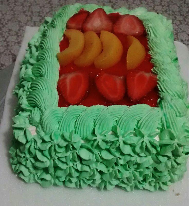 Torta fría fresas y durazno