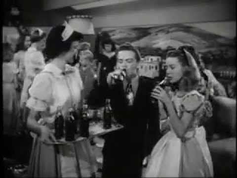 10 Iconic Coca-Cola TV Ads That Prove Vintage Commercials Are The Best