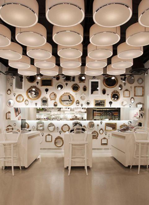 Dutch Cosmetics Retailer SKINS US Pilot Store In Las Vegas Designed By UXUS