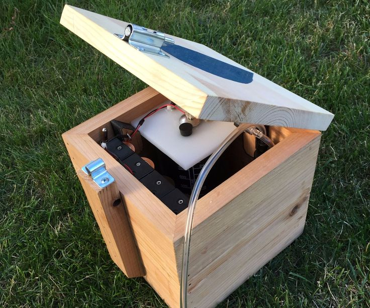 This instructable is a description of how I made my fifth hydroxy gas generator. Hydroxy gas has been an evolving science for me as I have learned what works, and what doesn't, what you need on a generator, and what you really don't, and that you shouldn't ignite a milk jug full of this stuff at 10:00 PM in the middle of your neighborhood, or you will have some explaining to do. My goal with this generator was to make a device that quickly separates water into hydrogen and oxygen gasses…