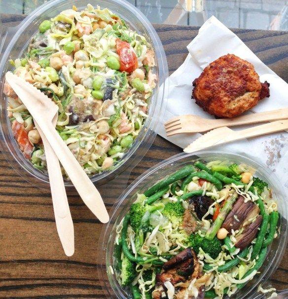 """Anmeldelse: """"Bland-selv-salat"""" hos Wedofood på Halmtorvet"""