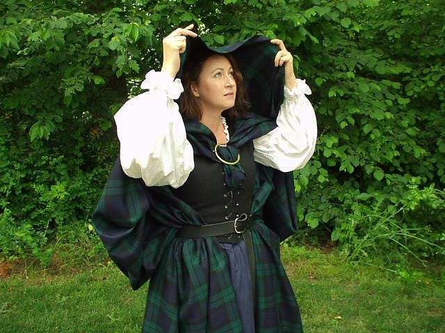 Arisaidh -- I really want one of these!  I can get it in my Clan Tartan too!