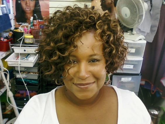 quick short hair styles best 25 curly weaves ideas on curly sew in 3229 | c0247d2fc3229ab2ed9f1fdbb3e404ba