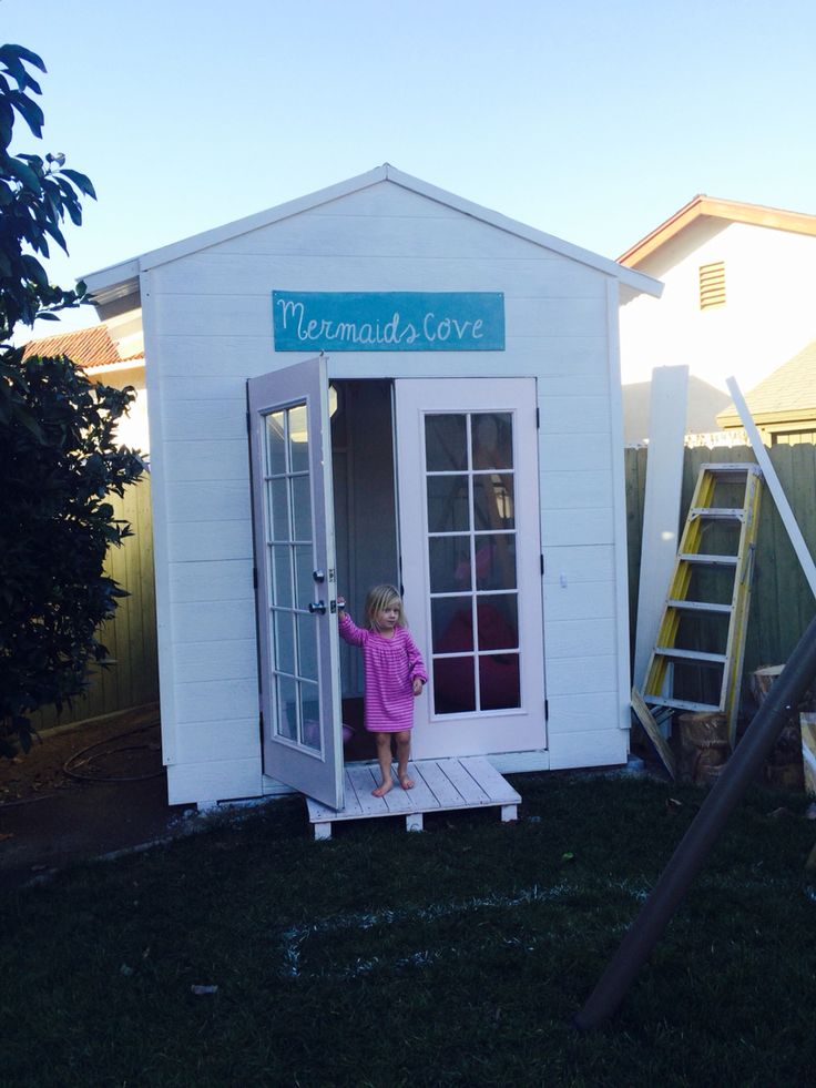 1000 images about diy outdoor playhouse on pinterest for Diy outside playhouse