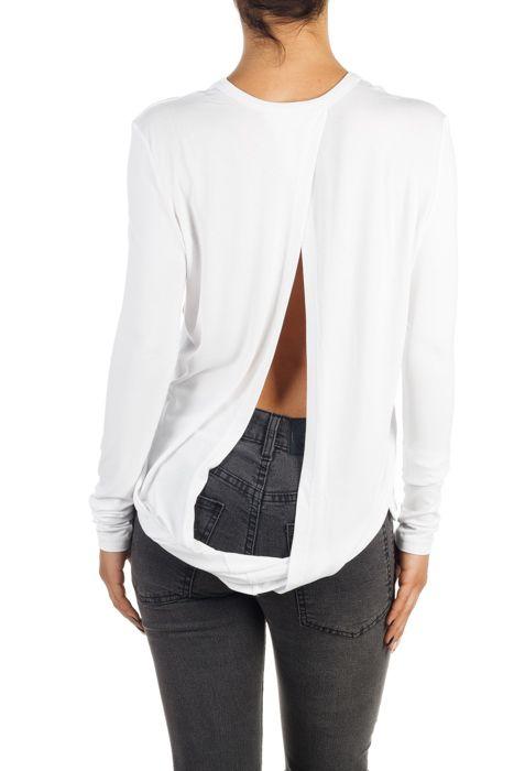 Bluza cu spatele gol Jenny pentru femei Preț 159 lei exclusiv pe http://superjeans.ro/branduri/superjeans-of-sweden/bluza-cu-spatele-gol-jenny-pentru-femei.html