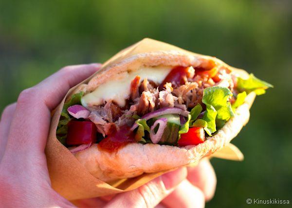 Pulled pork -pitaleivät #leipä #resepti #nyhtöpossu #suolainen #pulledpork #ruoka