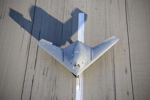 European collaborative Neuron drone. Le premier démonstrateur d'avion de combat sans pilote, conçu par Dassault Aviation en coopération avec plusieurs industriels européens, est le précurseur d'un chasseur de nouvelle génération prévu d'ici à 2030.