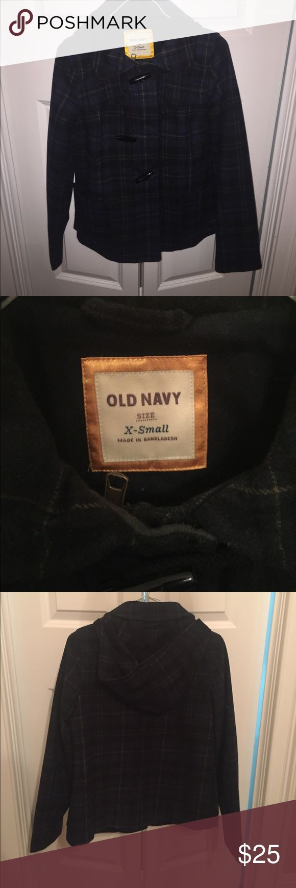 Old Navy plaid pea coat! Beautiful old navy pea coat! Old Navy Jackets & Coats Pea Coats