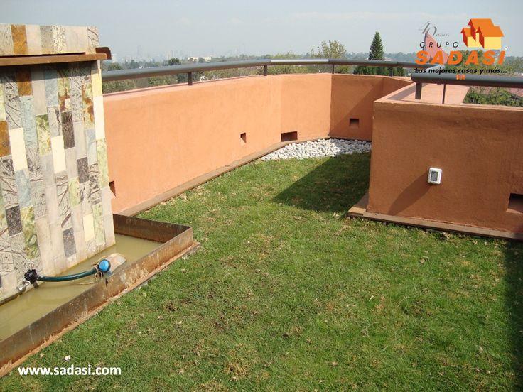 #hogar LAS MEJORES CASAS DE MÉXICO. Si desea tener un roof garden, pero en su azotea por una u otra razón no es posible, lo puede hacer en la terraza, ya que son espacios donde también da el sol y se puede colocar pasto en el piso y diferentes plantas, así como fuentes para hacerla lucir mejor. En Grupo Sadasi, usted puede ejercer su crédito INFONAVIT o FOVISSSTE, para adquirir su casa en nuestros desarrollos. informes@sadasi.com