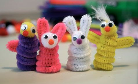 Pipe cleaner creatures (Kidspot)