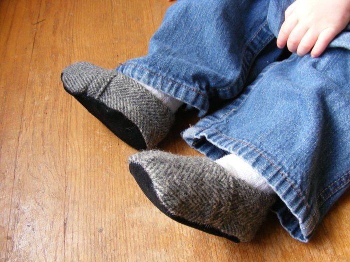 Soft Soled Baby Shoes Tutorial and FREE Pdf Pattern!
