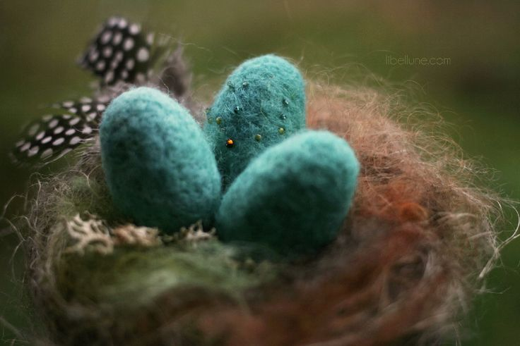 Felted nest & eggs by libellune.com
