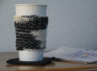 Knitting Pattern For Mug Holder : *Gizmo Fiber Arts: Ribbed Coffee Cup Sleeve (Holder ...