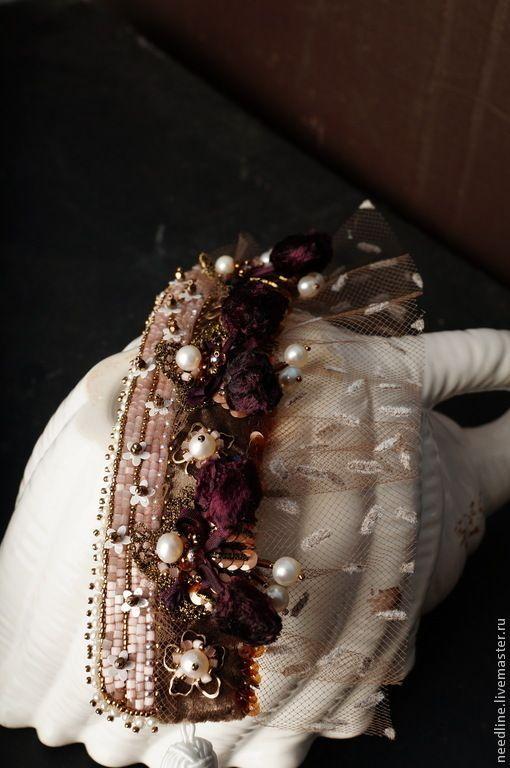 """Купить браслет-манжета """" Ягодный мусс.."""" - бледно-розовый, вышитый браслет"""