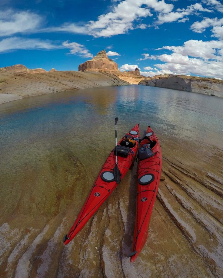 Kayaking and camping on Lake Powell blew my mind andhellip