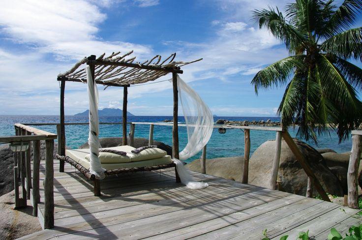 SEYCHELLES. Mahè. Bliss Hotel. 15 giorni 13 notti dal 10/09 al 24/09. Nel prezzo è compreso alloggio in camera Superior vista Resort, pernottamento e prima colazione, trasferimento dall'aereoporto all'hotel e dall'hotel all'aereoporto. Partenze Settembre/Ottobre. Prezzo a partire da 2027 euro a persona. Altre offerte su www.cocoontravel.uk. Le offerte sono soggette a disponibilità limitata. #Seychelles #viaggi #journey
