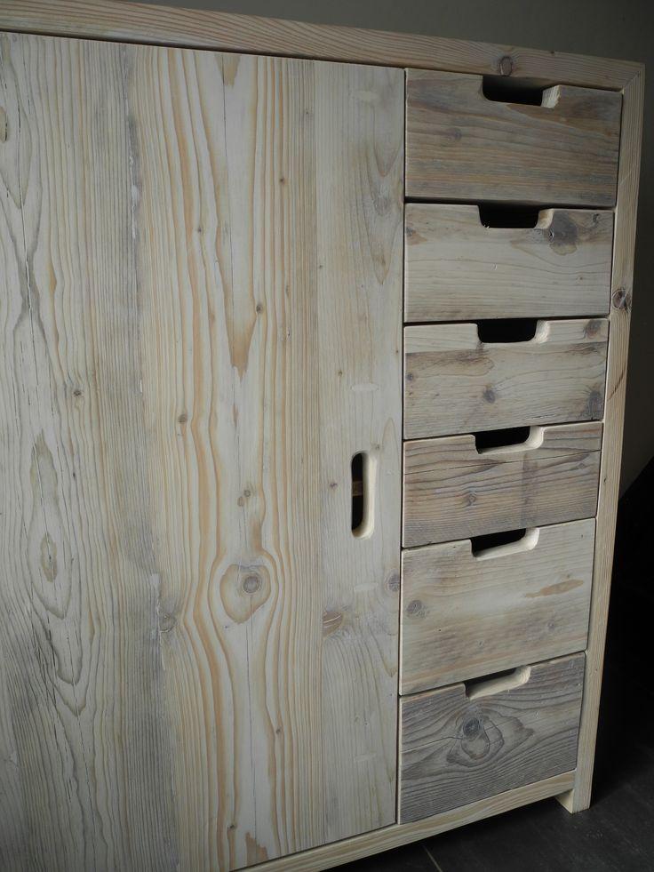Kast van steigerhout / Cupboard made of reclaimed wood
